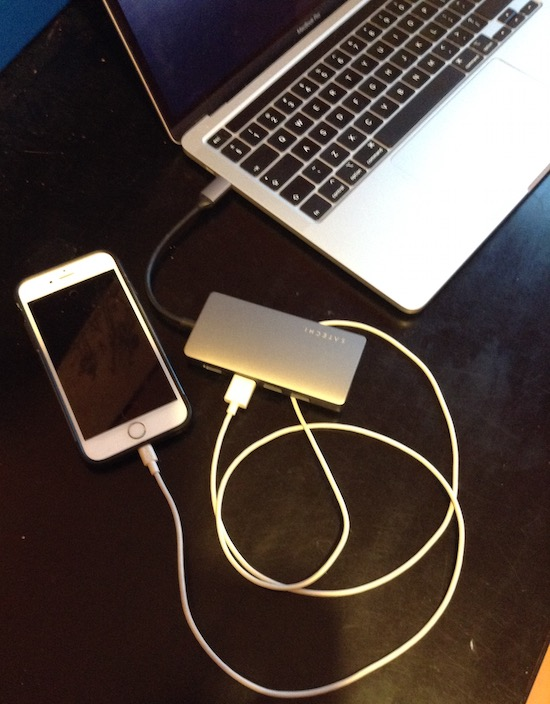 iPhone Plugged Into Satechi Then Into MacBook